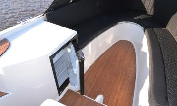 Lifestyle 660 (outboard)
